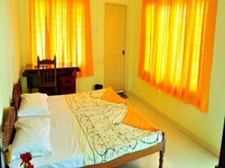 Beautiful 1 bedroom House in Vypin Island - Vypin Island vacation rentals