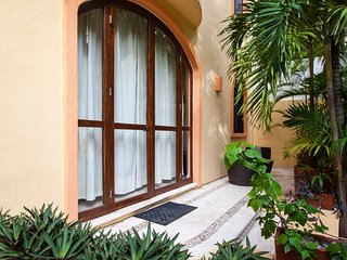 COCCINELLA B102 - One Block from 5th Ave & Mamitas - Playa del Carmen vacation rentals