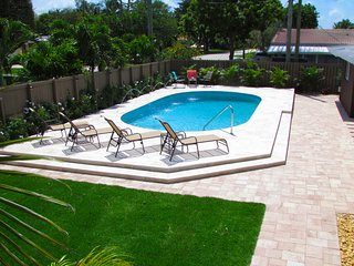 FT LAUDERDALE COVE!  YOUR OWN SUNNY 5-STAR RESORT! - Fort Lauderdale vacation rentals
