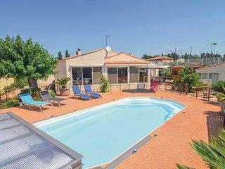 4 bedroom Villa in Tarascon, Bouches Du Rhone, France : ref 2377202 - Tarascon vacation rentals
