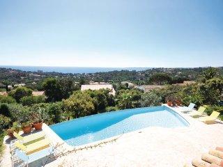 4 bedroom Villa in Les Issambres, Var, France : ref 2377313 - Roquebrune-sur-Argens vacation rentals