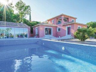 3 bedroom Villa in Caumont sur Durance, Vaucluse, France : ref 2377327 - Caumont-sur-Durance vacation rentals