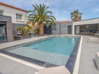 4 bedroom Villa in Agde, Herault, France : ref 2377380 - Agde vacation rentals
