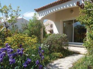 4 bedroom Villa in Marseillan, Herault, France : ref 2377396 - Marseillan vacation rentals