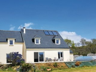 6 bedroom Villa in Lanveoc, Finistere, France : ref 2377415 - Lanveoc vacation rentals