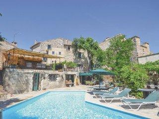 4 bedroom Villa in Uzes, Gard, France : ref 2377481 - Saint-Maximin vacation rentals