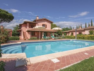 4 bedroom Villa in Scansano, Grosseto And Surroundings, Italy : ref 2377815 - Montorgiali vacation rentals