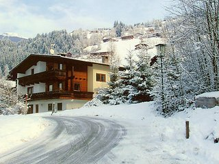 6 bedroom Villa in Kaltenbach, Tyrol, Austria : ref 2378870 - Stumm vacation rentals