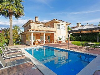 5 bedroom Villa in Cambrils, Costa Daurada, Spain : ref 2379226 - Reus vacation rentals