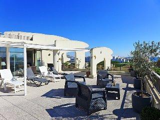 2 bedroom Apartment in La Grande Motte, Herault Aude, France : ref 2379466 - La Grande-Motte vacation rentals