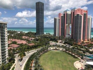 #18 Ocean Reserve 2BD Luxury Condo Ocean Beach - Sunny Isles Beach vacation rentals