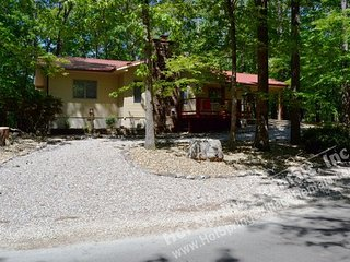 10GeroWy | West Gate Area | Home | Sleeps 6 - Hot Springs Village vacation rentals
