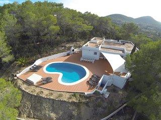 CAN XUMEU PERA: Casa touches of Ibiza style situated on a cliff of Sant Josep de Sa Talaia. - Sant Josep De Sa Talaia vacation rentals