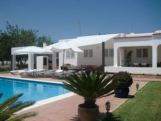 SA VINYETA: Country house with large pool and beautiful gardens in the north of Ibiza. - Sant Joan de Labritja vacation rentals