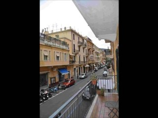 Cozy 1 bedroom Apartment in Alassio with Balcony - Alassio vacation rentals