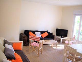 Côte de JADE - ATLANTIQUE Charmant Logement 200M PLAGE Grande Terrasse Sud, WiFi - Saint-Brevin-l'Ocean vacation rentals