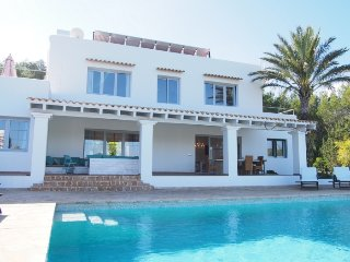 Beautiful house of Ibiza style located in a quiet area near San Carlos town. - Cala Lenya vacation rentals