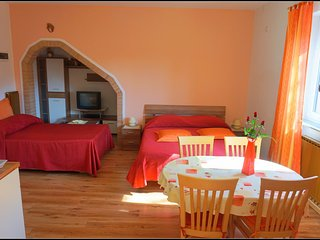 Lovely Izola Studio rental with Internet Access - Izola vacation rentals