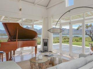 Beautiful 2 bedroom House in Kommetjie - Kommetjie vacation rentals