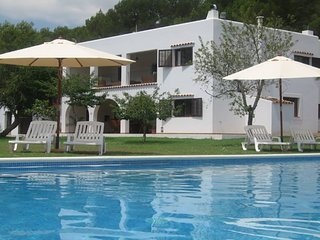 CAN AMETLLER: Very spacious and colonial Ibizan style house very close San Rafael town. - Sant Antoni de Portmany vacation rentals