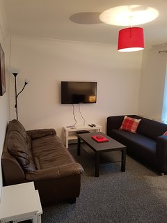 Bathgate Contractor and Business Commuter Apartment - Bathgate vacation rentals