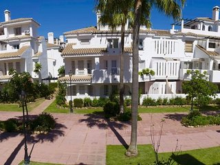 3 Bedrooms Townhouse near Puerto Banus - Puerto José Banús vacation rentals