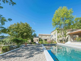 6 bedroom House with Internet Access in Bourdeaux - Bourdeaux vacation rentals