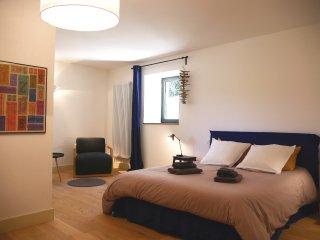 La Chambre Bleue - Bourdeaux vacation rentals