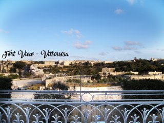 Breathtaking country views in Vittoriosa - Fort View - Birgu (Vittoriosa) vacation rentals