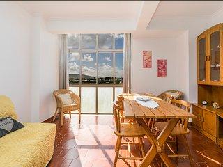 """Mimosa House""(Caparica) - South Coast of Lisbon - Costa da Caparica vacation rentals"