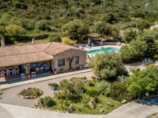 Ville delle Fonti - Country Villa 2Km from the sea - San Pantaleo vacation rentals