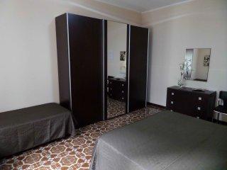 1 bedroom House with Internet Access in Cinquefrondi - Cinquefrondi vacation rentals