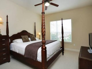 1 B/B, Luxury Apt, Energy Corridor, W. Houston - Houston vacation rentals