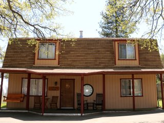 The Pro House of Sanctuary Rest and Ride - Oakhurst vacation rentals