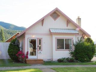 NEW! 2BR+Loft Silver Valley Retreat in Kellogg! - Kellogg vacation rentals