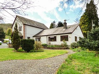 BRO AWELON COTTAGE, cosy annexe, attached to owner's home in 5 acres of - Glyndyfrdwy vacation rentals