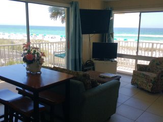 Aqua Villa 201, 2BR beach front with private balcony and gorgeous views - Fort Walton Beach vacation rentals