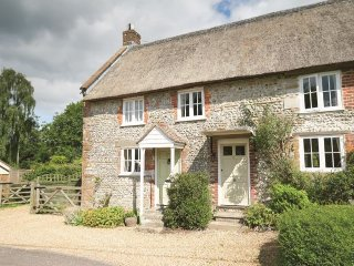 Lovely House with Internet Access and Washing Machine - Maiden Newton vacation rentals
