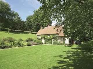 4 bedroom House with Internet Access in Shaftesbury - Shaftesbury vacation rentals