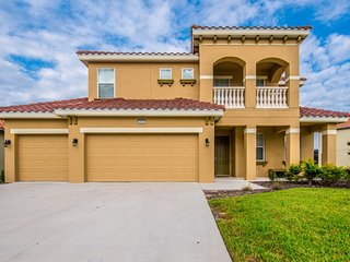 Elegant 6BR 5Bath Solterra pool home with 4KING bed &, pool table from $213/nt - Orlando vacation rentals