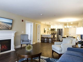 Nice Condo with Internet Access and A/C - York Beach vacation rentals