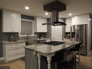 Gorgeous Home in the Heart of Northeast's Art District - Minneapolis vacation rentals