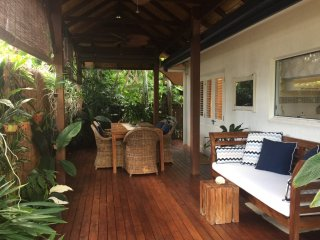 Cozy 3 bedroom House in Palm Cove - Palm Cove vacation rentals