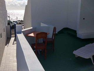 2 bedroom Apartment with Internet Access in El Golfo - El Golfo vacation rentals