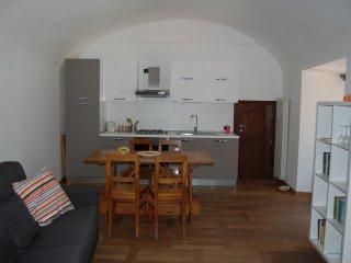 Koala House, 4 posti letto dentro le mura di Finalborgo! - Finalborgo vacation rentals