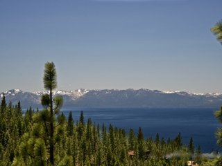 Spacious Condo with Deck and Internet Access - Incline Village vacation rentals