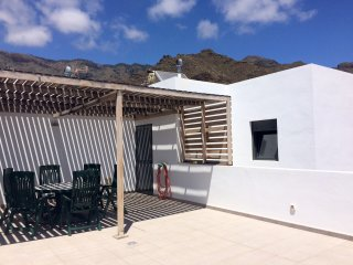Sunny rooftop apartment in the lovely town of Adeje - Adeje vacation rentals