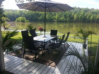 Lakehouse has a view like No Other and Easy Access - Rogers vacation rentals