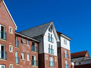 38 SADDLERY WAY third floor apartment, racecourse views, open plan, in Chester - Chester vacation rentals