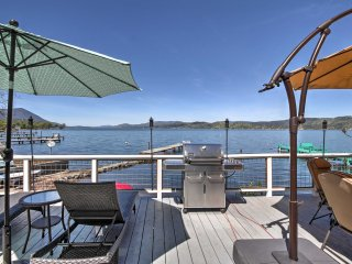 NEW! Lakefront 2BR Clearlake Home w/Private Beach! - Lower Lake vacation rentals